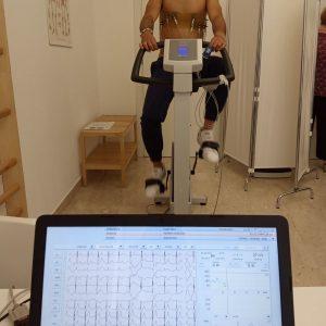 Trattamento di riadattamento allo sforzo, sempre monitorando la funzione cardio-circolatoria e la saturimetria