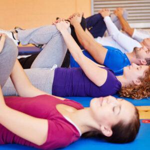 MediMilano propone gruppi di attività fisica, focalizzati al movimento di collo, dorso e spalle